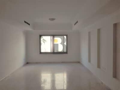 فیلا 5 غرفة نوم للايجار في البرشاء، دبي - Compound Villa | Well maintained compound