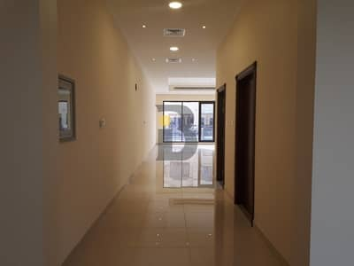 فیلا 4 غرفة نوم للايجار في البرشاء، دبي - Spacious Never Used 4 Bedroom Compound Villa