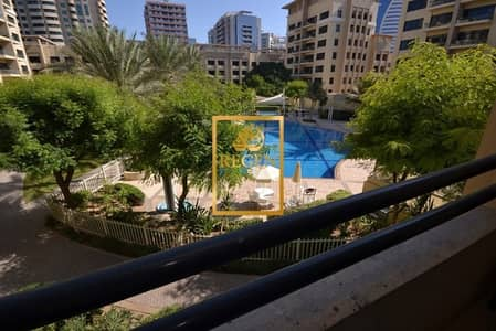 3 Bedroom Apartment for Rent in The Greens, Dubai - Pool View I Vacant I Larger Three Bedroom + Study at Al Ghaf 3 for Rent