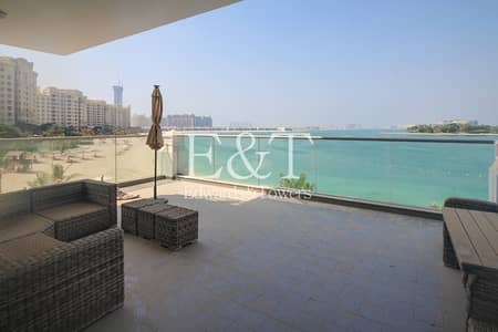 2 Bedroom Flat for Sale in Palm Jumeirah, Dubai - Sea and Island View   Extended Balcony   PJ