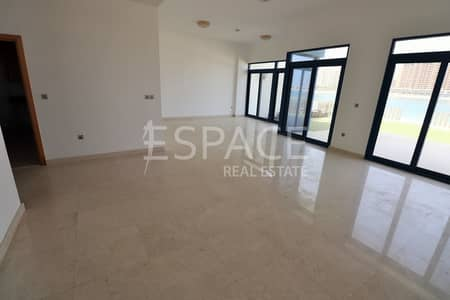 5 Bedroom Villa for Rent in Palm Jumeirah, Dubai - Palm Views | Exclusive| Private Beach Access|
