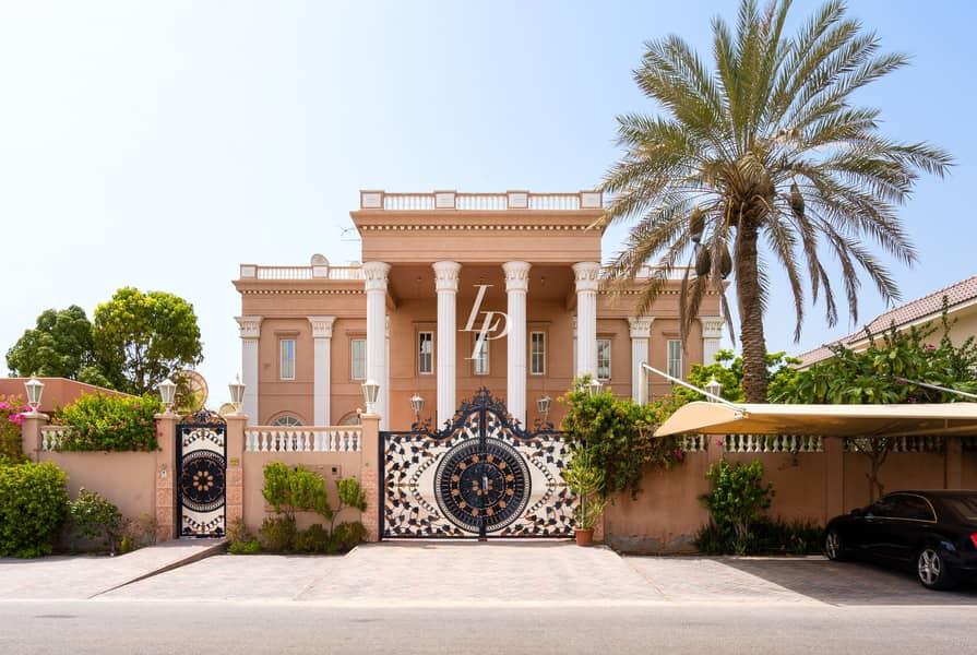 2 Palatial Villa Available Now Huge Plot Size