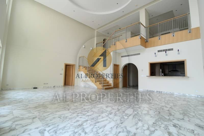 2 4BR Penthouse with Sea View Chiller Free