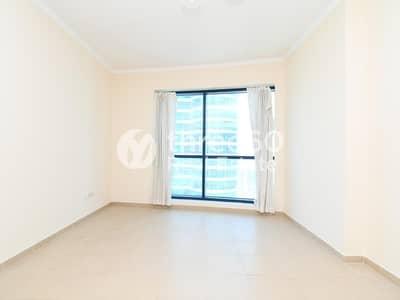 فلیٹ 1 غرفة نوم للايجار في أبراج بحيرات جميرا، دبي - Large 1 Bedroom duplex only 70