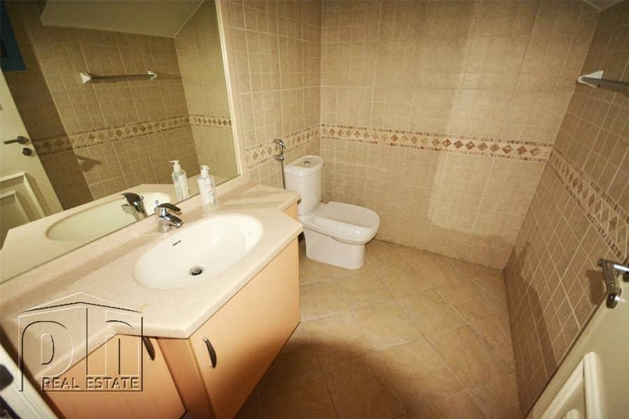 10 3 Bedroom Villa With Maids Room In Falcon City