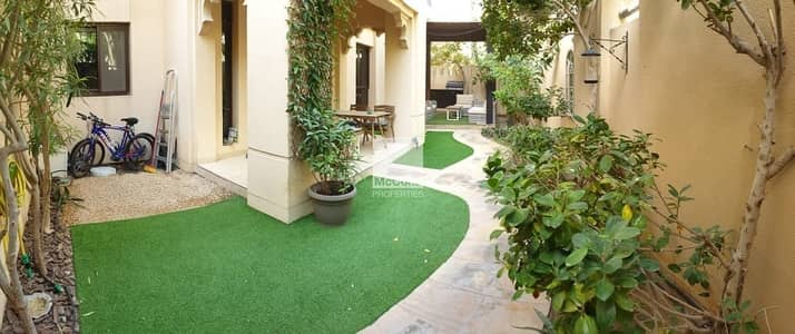 2 Bedroom Flat for Rent in Old Town, Dubai - Big Private Garden / Well-maintained