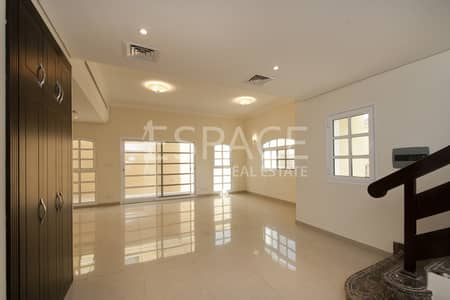 3 Bedroom Villa for Sale in Dubai Sports City, Dubai - 3 Bed| Vacant on Transfer | Middle Unit