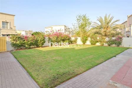فیلا 3 غرفة نوم للايجار في الينابيع، دبي - Springs 15 | Stunning villa | Call Isabella NOW!