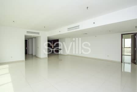 Stunning three bedroom in Al Durrah available now