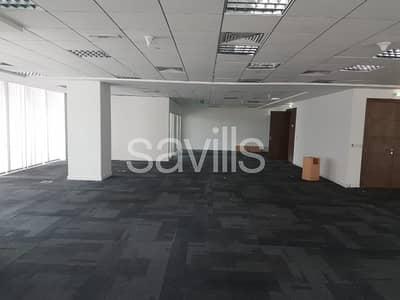 مکتب  للايجار في دانة أبوظبي، أبوظبي - Office for Lease - Semi fitted Office in Danet Abu Dhabi