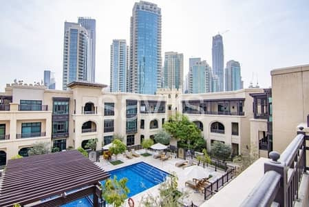 3 Bedroom Apartment for Rent in Old Town, Dubai - Spectacular 3BR Triplex w maids room Fully Furnished