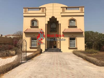 5 Bedroom Villa for Rent in Al Barsha, Dubai - Magnificent Art Deco Style Family Home On Quiet Street