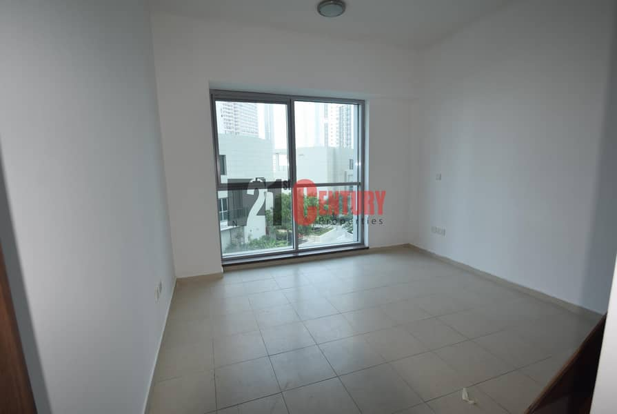 18 HOT Deal! Vacant 3BR+Maid Executive Towers
