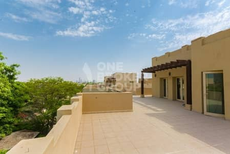 6 Bedroom Villa for Rent in The Lakes, Dubai - Spacious Six bedroom with Landscaped Garden