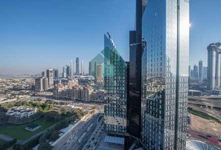 شقة 2 غرفة نوم للايجار في مركز دبي المالي العالمي، دبي - Luxuries Fully Furnished 2 Bedroom In Central Park In DIFC!