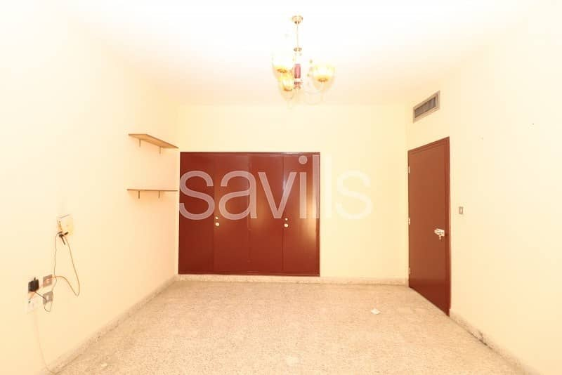 2 3BR villa for rent in Halwan