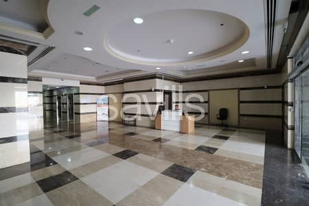 Spacious unit on high floor with parking