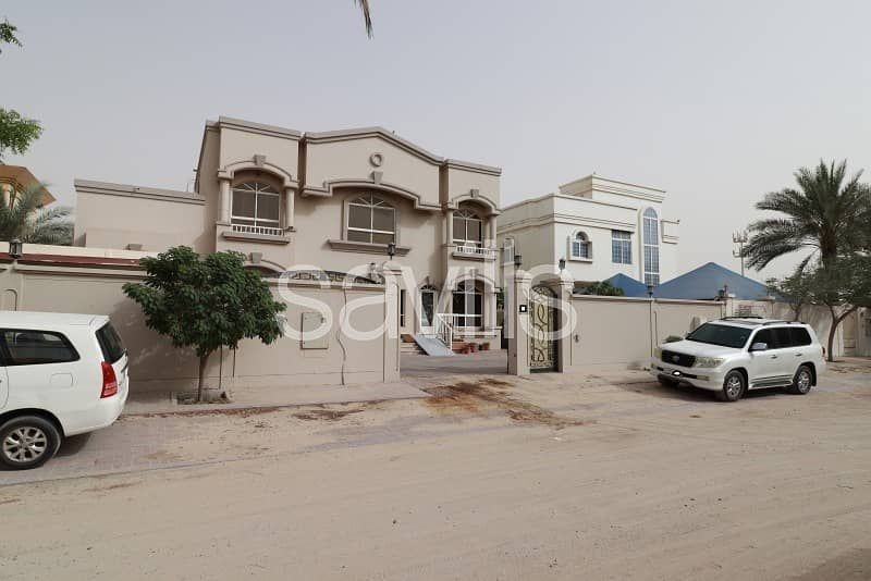 21 Primary located villa with swimming pool