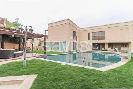 Biggest villa with huge plot and swimming pool