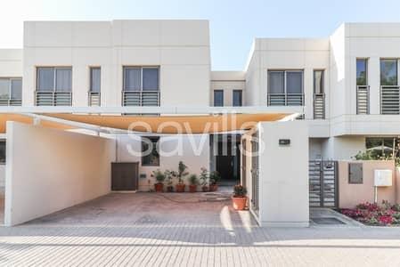 تاون هاوس 4 غرف نوم للبيع في مويلح، الشارقة - Four bed townhouse with bedroom on GF