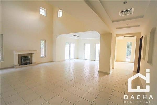 2 EXCLUSIVE / Hot Deal / Corner 5br Villa