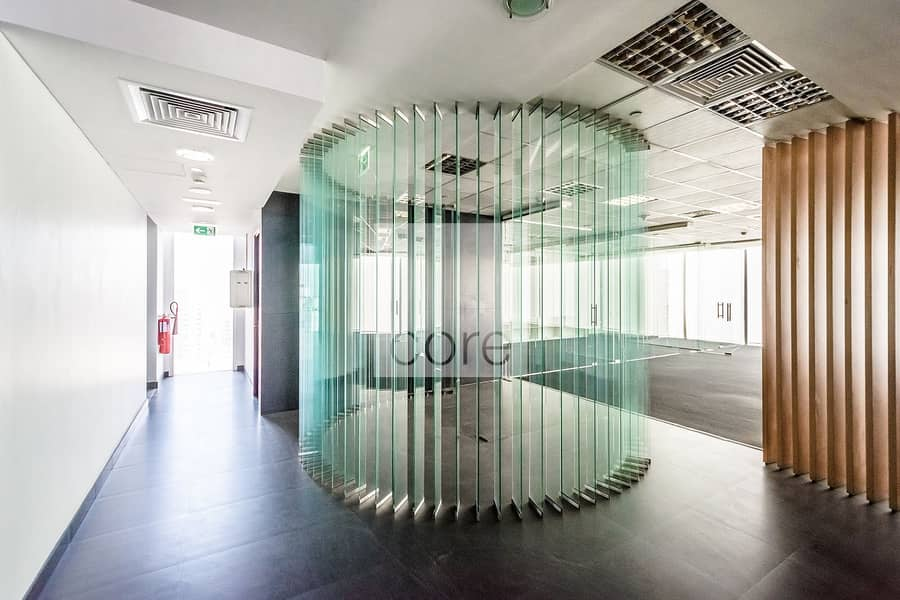 Fitted with Glass Partitions | Full Floor