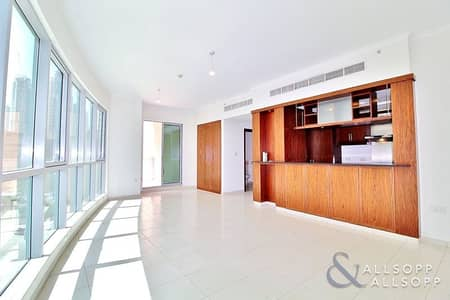 1 Bedroom Apartment for Sale in Downtown Dubai, Dubai - 1 Bedroom | Motivated Seller | Lake View