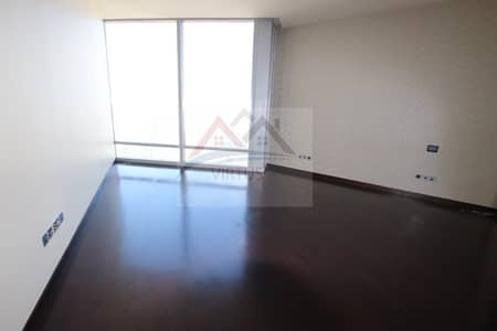3 Bedroom Flat for Rent in Downtown Dubai, Dubai - Full Sea Views|high Floor 95| 3BR + Maids+ Study