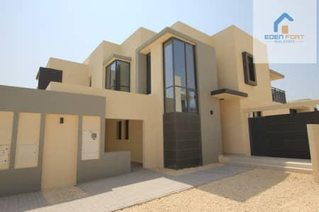 Brand new Large 4 bed + Maid | E type Villa