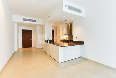 2 Bedroom Flat for Sale in Dubai Marina, Dubai - Cheapest 2 Bed in Marina Gate on High Floor