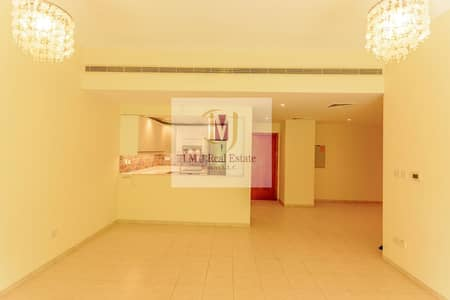 شقة 3 غرف نوم للايجار في الروضة، دبي - Upgraded and fresh 3 bedroom in Al Jaz