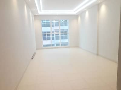 شقة 1 غرفة نوم للايجار في الروضة، أبوظبي - شقة في الروضة 1 غرف 65000 درهم - 4318562