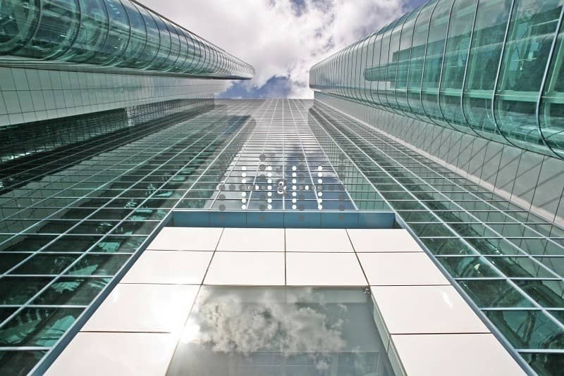 2 Free DEWA and Chiller Fitted office near Emirates Tower Metro