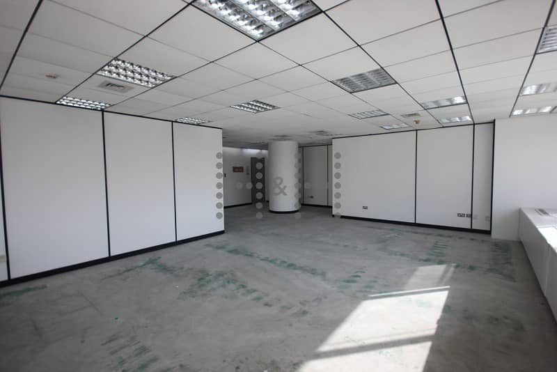 Full Floor Office for rent in SZR with 20 parking space