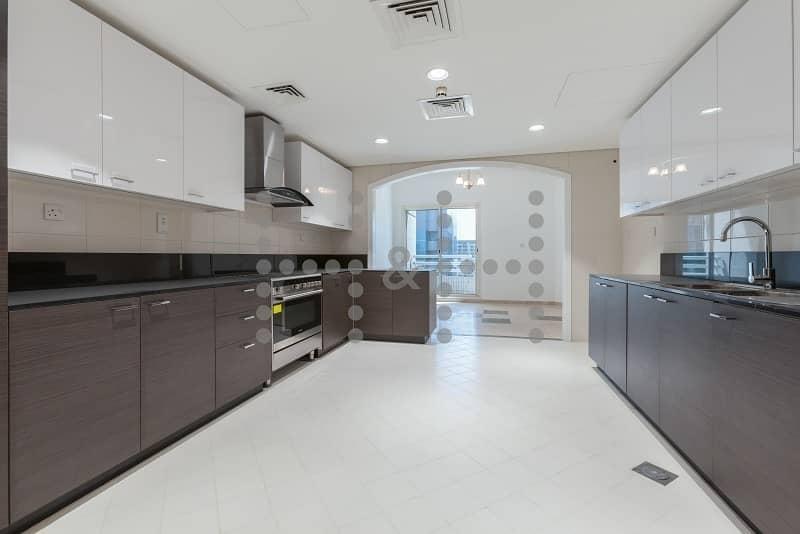 2 Brand New Kitchen-Chiller Free unit in Deira