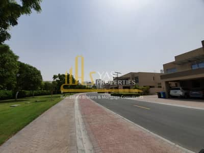 4 Bedroom Villa for Sale in Dubai Silicon Oasis, Dubai - Full Natural light , large 4 BR Villa !  Vacant and ready to move in