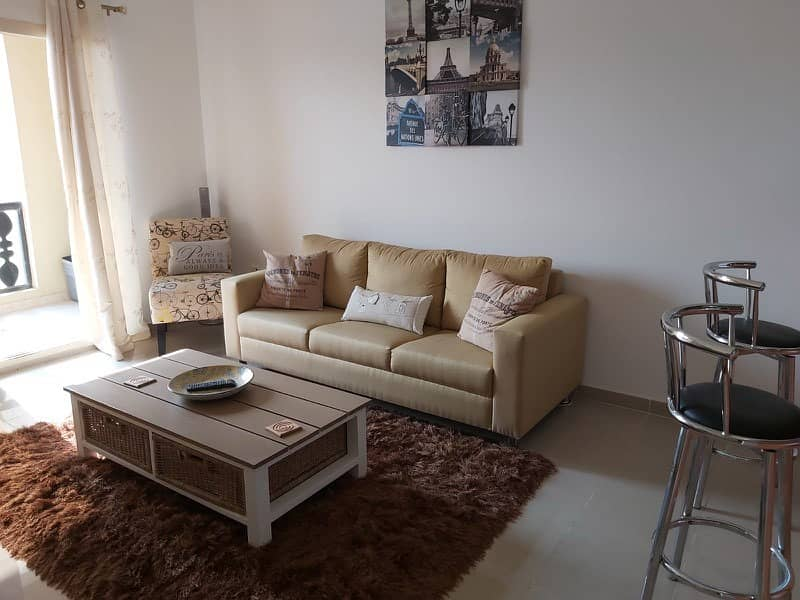 for rent furnished loft studio on 1st floor with lagoonview