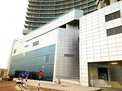محل تجاري  للايجار في جزيرة الريم، أبوظبي - Retail shop on Main road  I Restaurant I Salon ets
