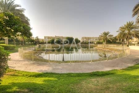 فیلا 2 غرفة نوم للايجار في الينابيع، دبي - Available Now   Well Maintained   Middle Unit