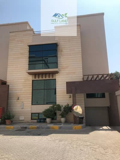 فیلا 5 غرفة نوم للايجار في البطين، أبوظبي - 5 master bedrooms villa for rent with underground car parking maids room driver room private swimming pool