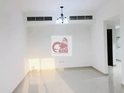 2 Bedroom Flat for Rent in Bur Dubai, Dubai - Front of Metro