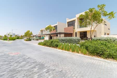 5 Bedroom Villa for Sale in Mohammad Bin Rashid City, Dubai - FULL GOLF COURSE VIEW! BRAND NEW 5 BR VILLA