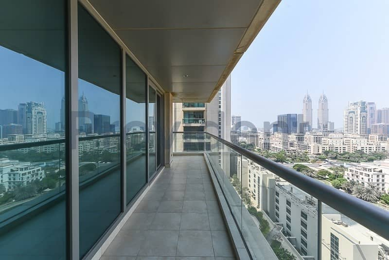2 Beds | Full Canal View | L- Shaped Balcony