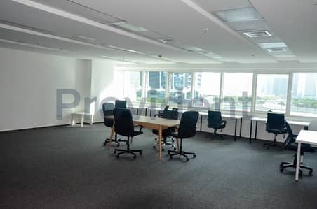 Office for Rent in Jumeirah Lake Towers (JLT), Dubai - Spacious Open Layout | Fitted | Lower Floor