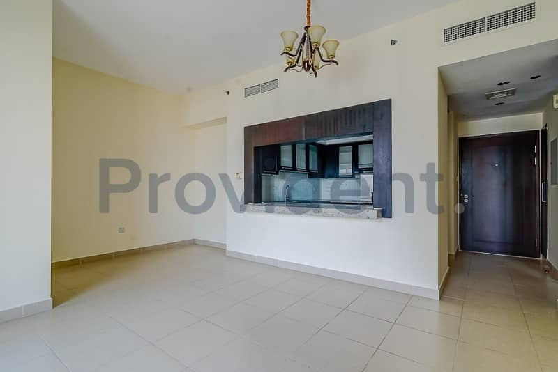 2 Golf  and Canal View | One Bed Large Lay Out