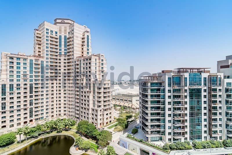 10 Golf  and Canal View | One Bed Large Lay Out