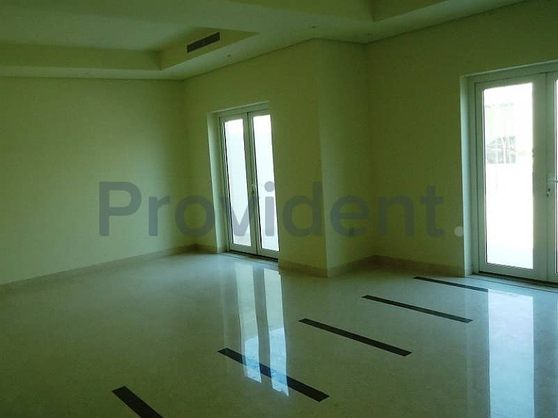 Type B TH|Private Garden|3Bed+Maid+Laundry