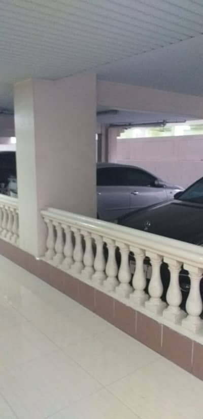 Building for Sale in Deira, Dubai - Residentaial Building in Affordable Price and Already Existing Income in Leased Apartment at Al Muraqabat Street, Diera, Dubai