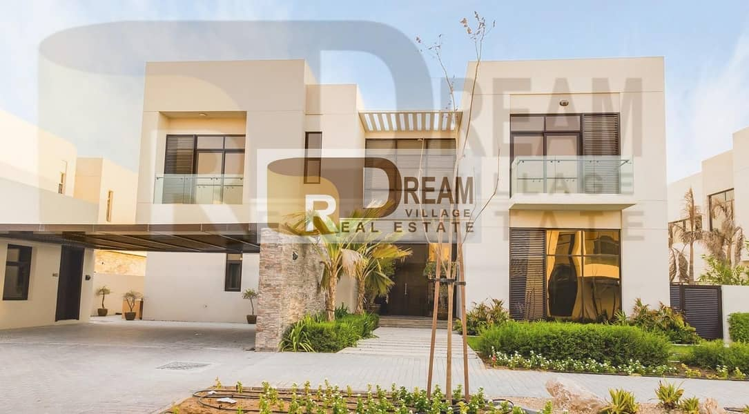 2 Own luxury villa fully furnished of the most important international brands