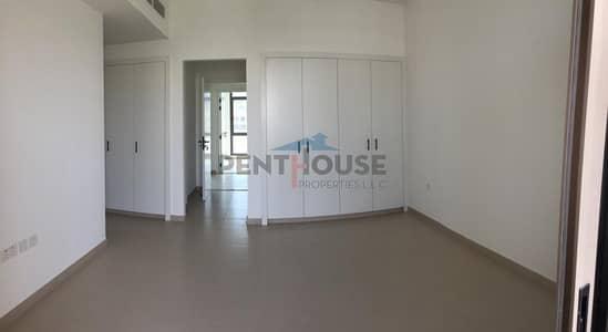 4 Bedroom Villa for Rent in Town Square, Dubai - Lush Garden Corner Villa 4 Bed Maid Single row